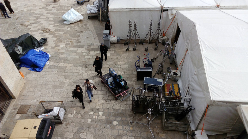 Production tent in the Old City Harbour, photo spacepetuniareview.com