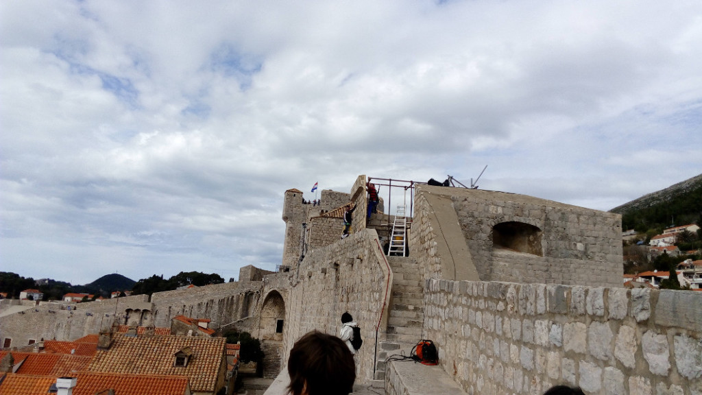Set on City Walls being put up, photo spacepetuniareview.com