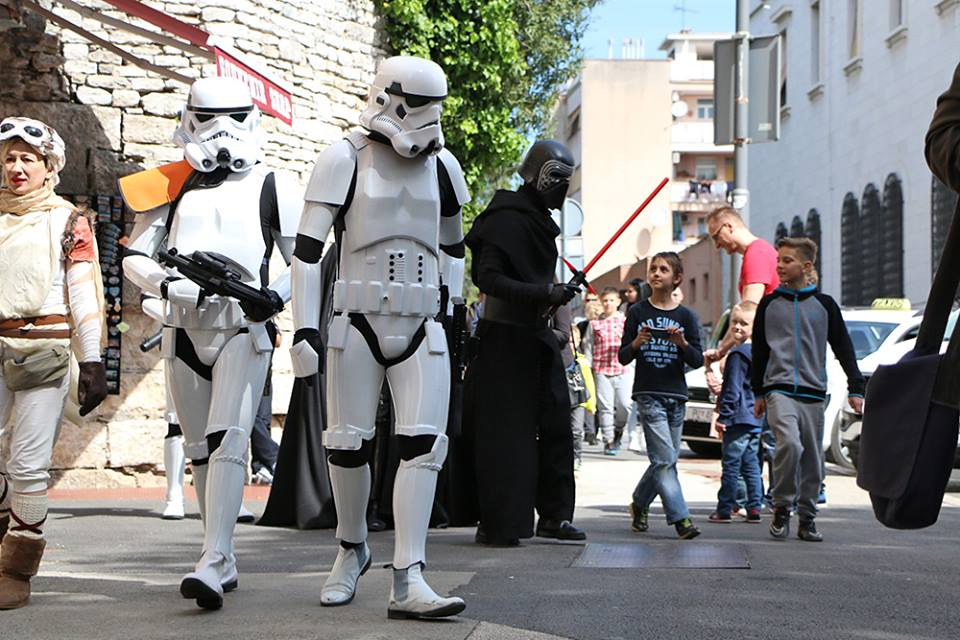 Citizens of Croatian city of Pula were more than surprised to find the Dark Side walking their streets, photo Zaigrana Koza